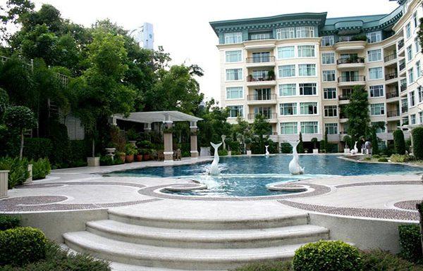 baan-nunthasiri-bangkok-condo-for-sale-swimming-pool-2