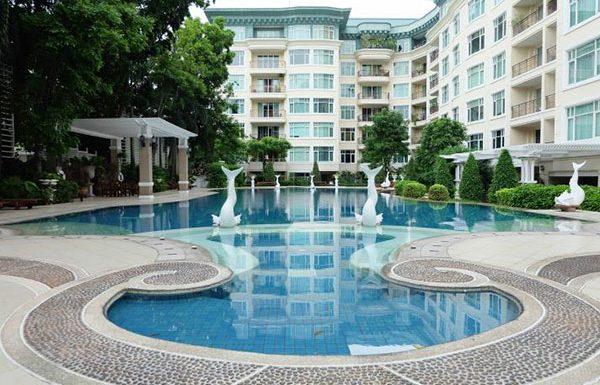 baan-nunthasiri-bangkok-condo-for-sale-swimming-pool