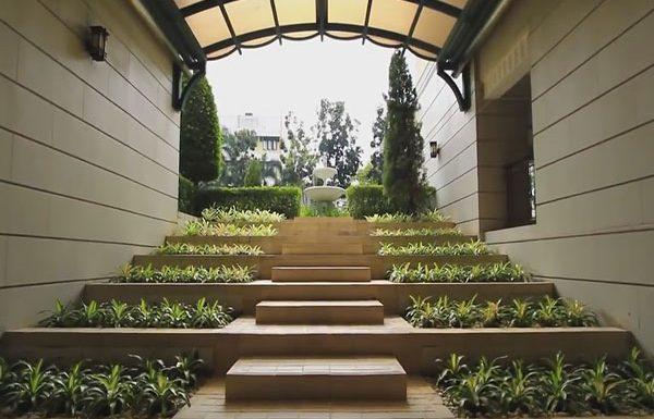 baan-nunthasiri-bangkok-condo-for-sale-walk-to-garden